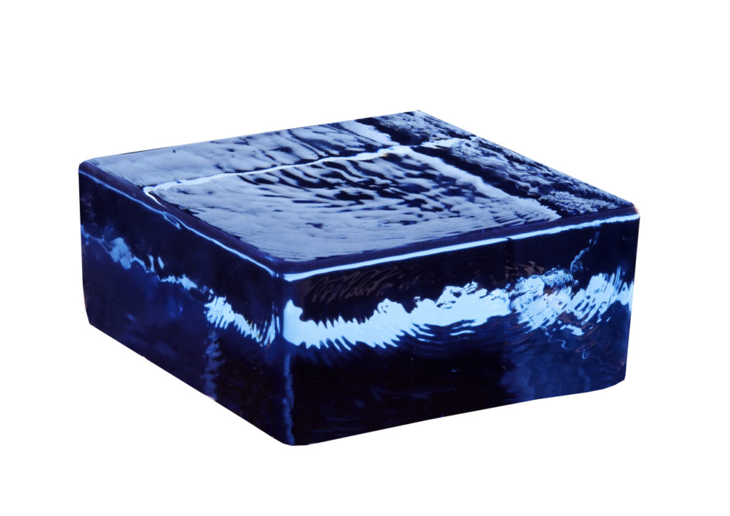 Vetropieno massief glasblok blauw halfje